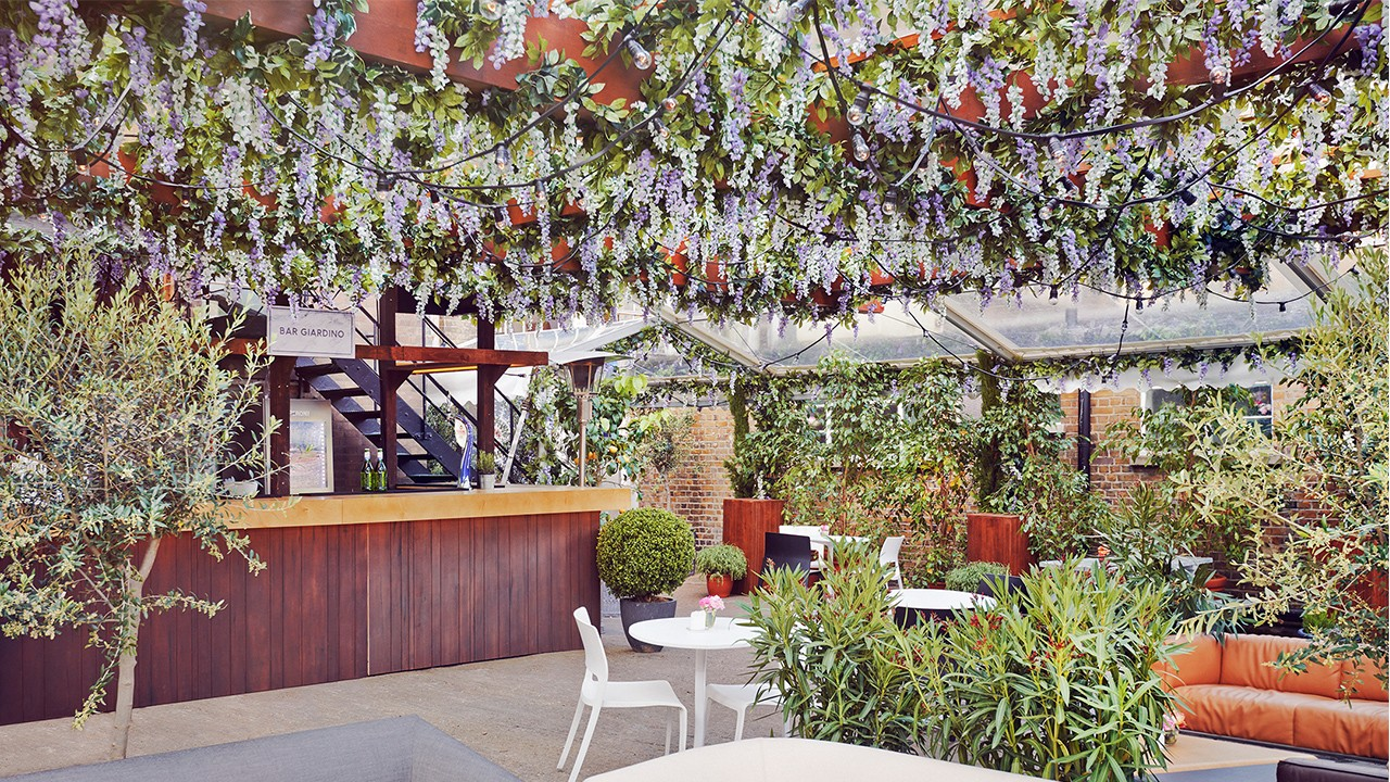 house of peroni on brick lane - Brick Garden 2015